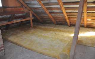 Как утеплить потолок на даче