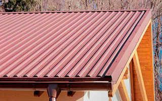 Как правильно перекрыть крышу профнастилом