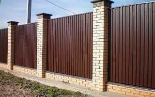 Как правильно прикрутить профнастил на забор