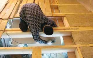 Как утеплить деревянный потолок в частном доме