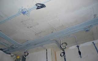 Как проложить проводку по потолку