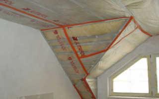 Как правильно стелить пароизоляцию на потолок