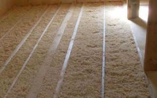 Как утеплить потолок в частном доме опилками