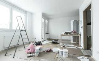 Что раньше клеить обои или натяжной потолок