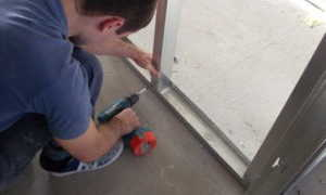 Как укладывать гипсокартон на стену